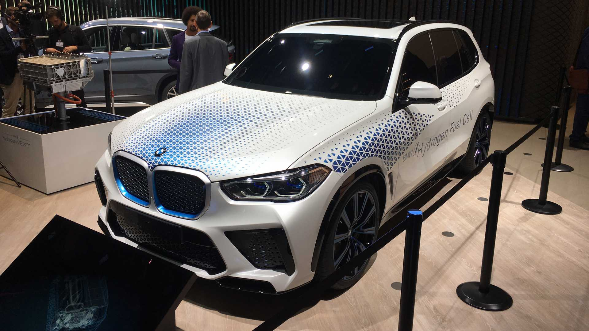 2022 Bmw X5 Hydrogen Version To Produce 369 Hp With Toyota's