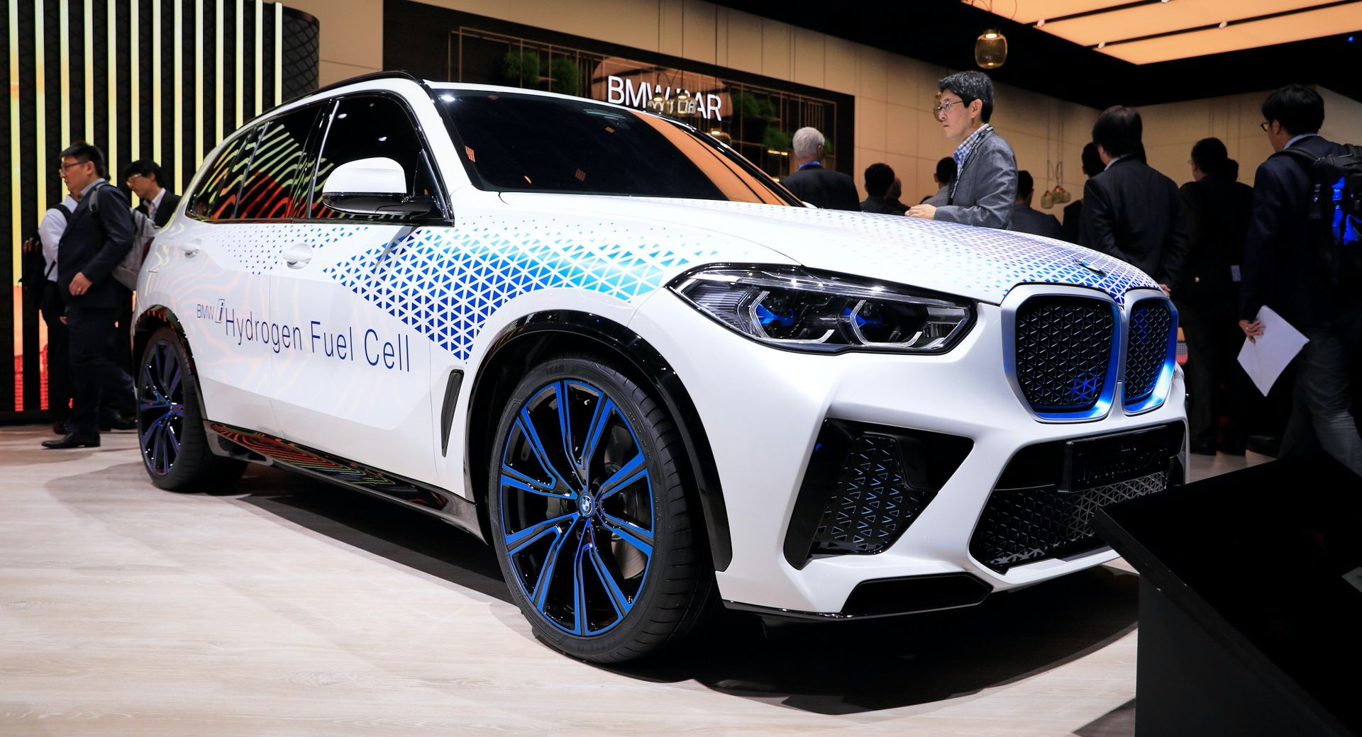 Hydrogen-Powered Bmw X5 Confirmed For 2022 With 369 Hp